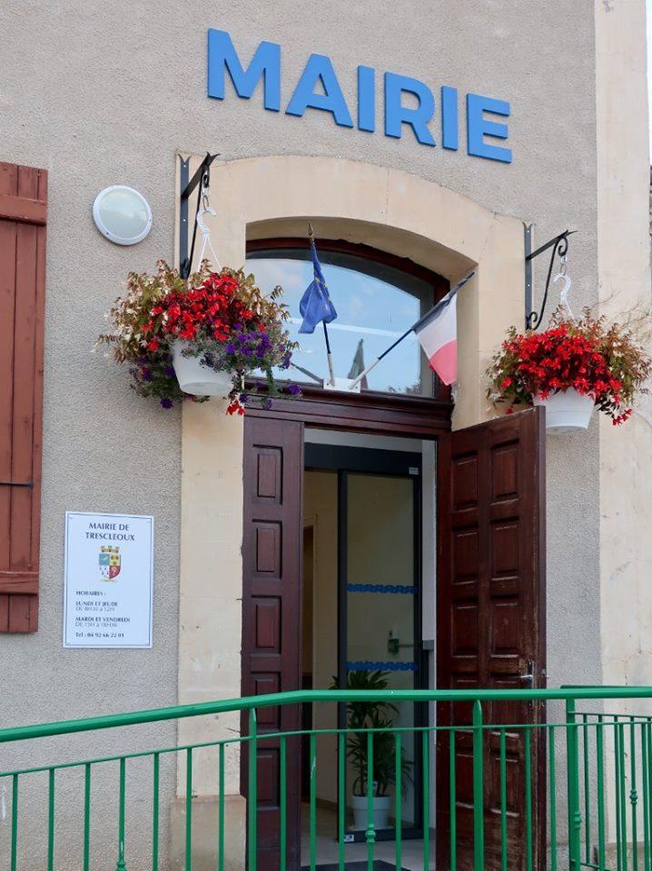 mairie-de-trescleoux